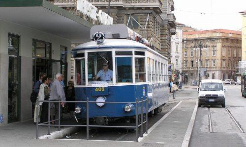 1_tram
